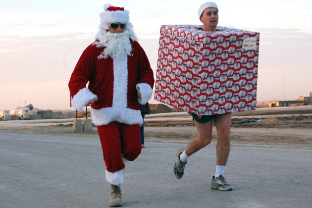 christmas-costume-5k-run-by-The-US-Army