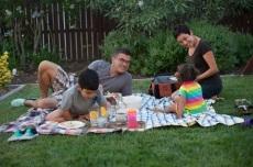 he-family-picnic-480
